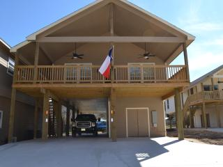 Life is Always Better on River Road ! ! ! - New Braunfels vacation rentals
