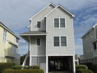 Canalfront 4BR w/ dock space - Rudder Village #5 - Manteo vacation rentals