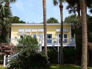 """3205 Myrtle St  - """"Sandpiper"""" - Edisto Beach vacation rentals"""