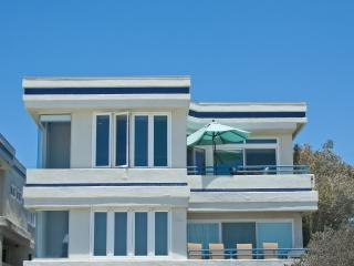 Ocean Front Penthouse special LOW rate through March - Pacific Beach vacation rentals