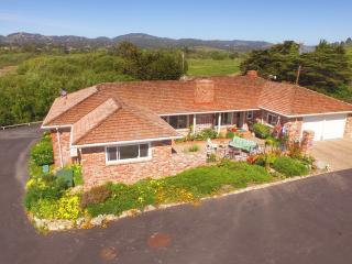 Carmel Ranch House, views, hot tub, BBQ, 4-6 guest - Carmel vacation rentals
