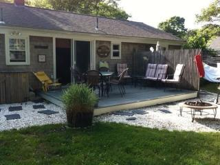 Charming Cape Cod house close to Long Pond - South Yarmouth vacation rentals