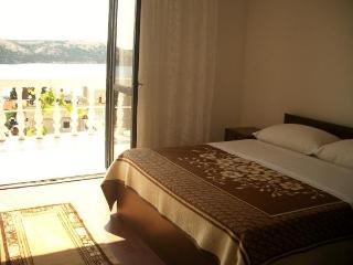 TH01292 Apartments Validžić / Two Bedrooms A5 - Stara Novalja vacation rentals