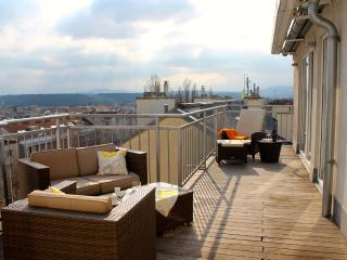 Luxurious penthouse (135 m²) with panoramic views - Vienna vacation rentals