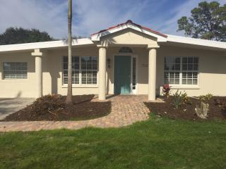 Bay Drive Home with pool close to IMG and airport - Bradenton vacation rentals