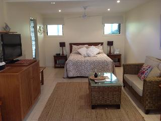Straddie Views Bed & Breakfast  Suite 1 - Point Lookout vacation rentals
