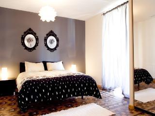 Alma Classic Apartment Barcelona - L'Hospitalet de Llobregat vacation rentals