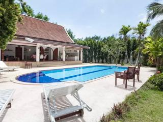 Paklok Villa traditional modern thai villa pool - Sakhu vacation rentals