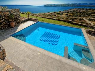 Perfect Villa in Elounda with Internet Access, sleeps 6 - Elounda vacation rentals
