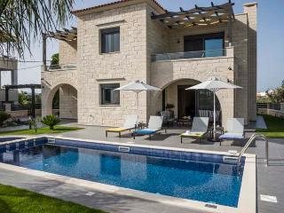 Comfortable Villa with Internet Access and Washing Machine - Almyrida vacation rentals