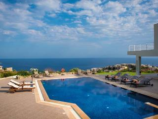 Perfect Villa with Internet Access and A/C - Ligaria vacation rentals