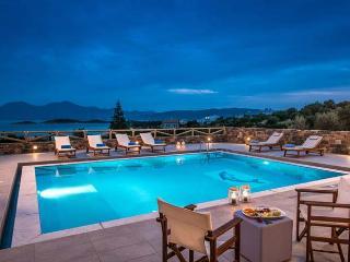 Comfortable Villa with DVD Player and Central Heating - Agios Nikolaos vacation rentals