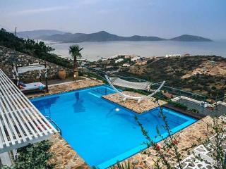 3 bedroom Villa with A/C in Elounda - Elounda vacation rentals