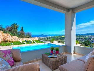 Beautiful 3 bedroom Villa in Gerani with Internet Access - Gerani vacation rentals
