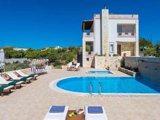 Comfortable 4 bedroom Kalathas Villa with Internet Access - Kalathas vacation rentals
