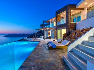 Bright 4 bedroom Tersanas Villa with DVD Player - Tersanas vacation rentals