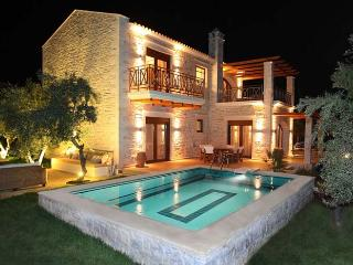 Gorgeous 3 bedroom Villa in Stavromenos - Stavromenos vacation rentals