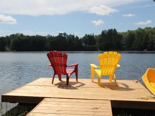 Chalet Le Repos Cottage,  Lac-des-Plages, Quebec, - Lac-des-Plages vacation rentals