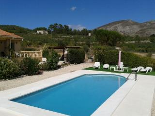4 bedroom Villa with A/C in Cocentaina - Cocentaina vacation rentals