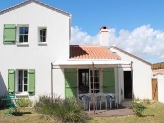Charmante maison pour 6 person - La Tranche sur Mer vacation rentals