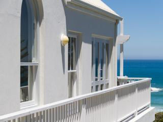 Two Berry House - Llundudno, Cape Town - Llandudno vacation rentals