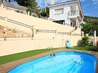 4 bedroom House with Short Breaks Allowed in Arenys de Munt - Arenys de Munt vacation rentals