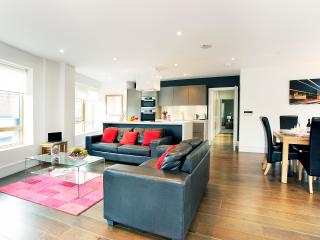 Clerkenwell One - Two Bedroom Apt 1 - London vacation rentals