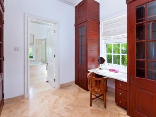 Beautiful 6 bedroom House in Sugar Hill - Sugar Hill vacation rentals