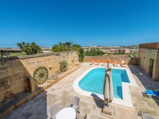 4 bedroom Villa with Internet Access in Sanat - Sanat vacation rentals