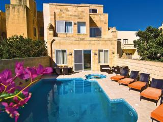 5 bedroom Villa with DVD Player in Kercem - Kercem vacation rentals