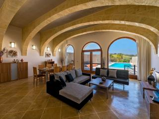 Bright Villa with A/C and DVD Player - Kercem vacation rentals