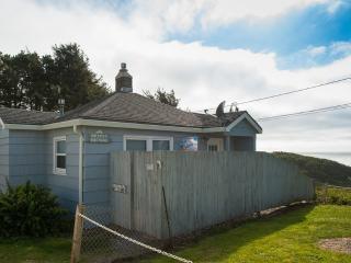 Breeze Cottage ~ RA5783 - Depoe Bay vacation rentals