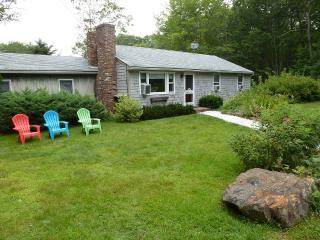 Fab & Sunny Kennebunkport,Mins. beach,allows dogs - Kennebunkport vacation rentals