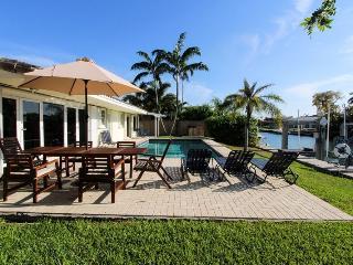 Miami Beach, Waterfront,Jan 6 to Feb 7  3550/wk - North Miami vacation rentals