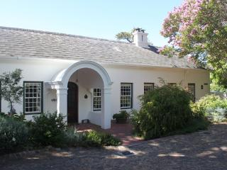 1 bedroom B&B with Internet Access in Newlands - Newlands vacation rentals