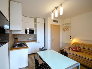Royal Sea House - Appartamento 1 Piano Lato mare - Cefalu vacation rentals