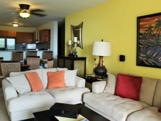 Mi Refugio -modern condo a block from Rincon Beach - Rincon vacation rentals