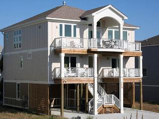 Lovely 7 bedroom House in Corolla with Shared Outdoor Pool - Corolla vacation rentals