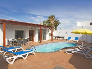 3 bedroom Villa with Television in Puerto Del Carmen - Puerto Del Carmen vacation rentals