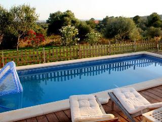 Preciosa  villa con piscina Puntiró - S'Alqueria Blanca vacation rentals