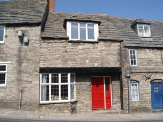 Spacious cottage in the heart of Corfe - Corfe Castle vacation rentals