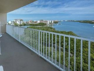 Stunning views and easy beach access 500' away! - Indian Shores vacation rentals