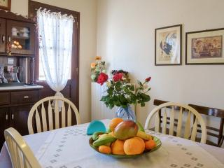 Cozy House with Dishwasher and Kettle - Kaliviani vacation rentals