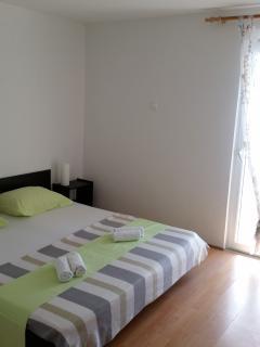 APARTMANI BARIĆ /apartman Bonaca - Podaca vacation rentals
