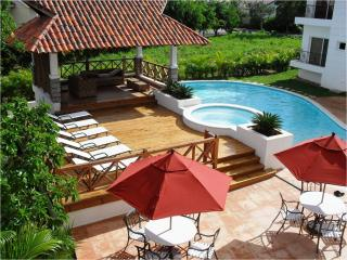 Cozy 3 bedroom Apartment in Juan Dolio - Juan Dolio vacation rentals