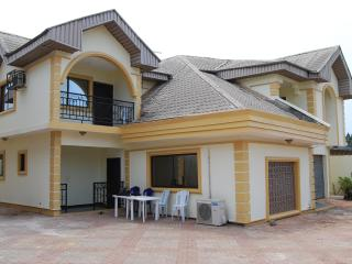 Nice House with Internet Access and A/C - Benin City vacation rentals