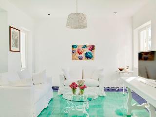 Beautiful 5 bedroom Villa in Priora - Priora vacation rentals