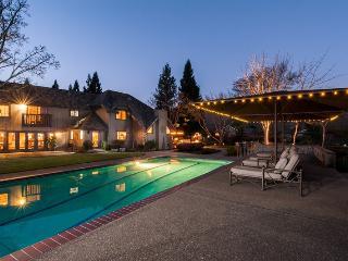 5 bedroom Villa with Mountain Views in Kenwood - Kenwood vacation rentals