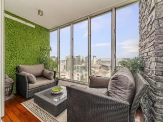 Melbourne Holiday Apartments McCrae Street 2 Bed - Melbourne vacation rentals