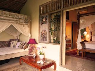 Devi's Place Ubud- perfect hideaway Jepun Bungalow - Ubud vacation rentals